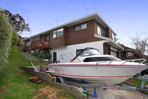 browns-bay-house-for-sale